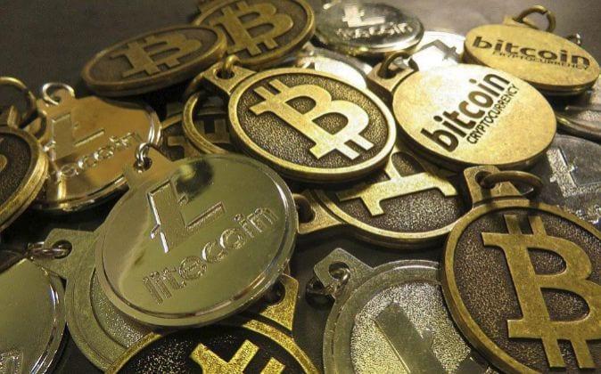 Los 'hackers' inician la bancarrota de un mercado de bitcoins en Corea del Sur